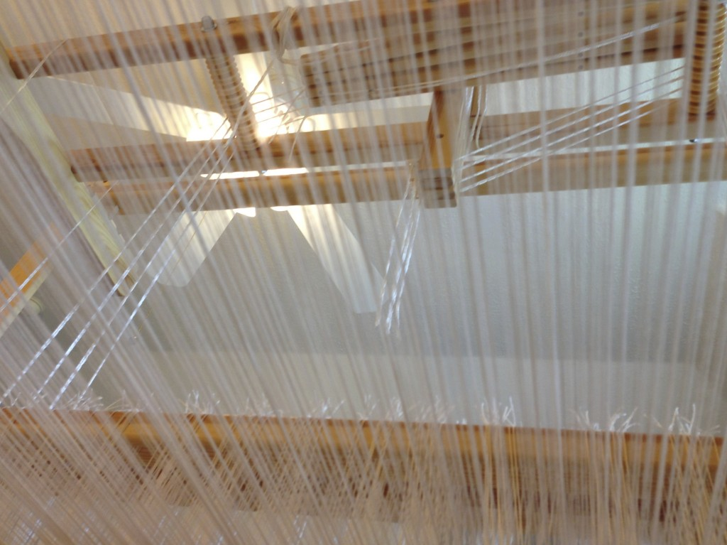 Sitting under the warp