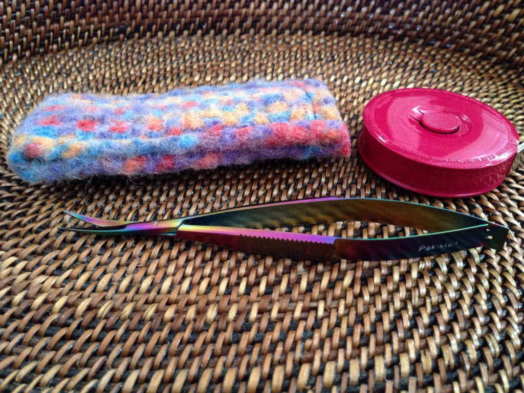 Famore Rainbow Colored Snips. Great for snipping threads as I sew!