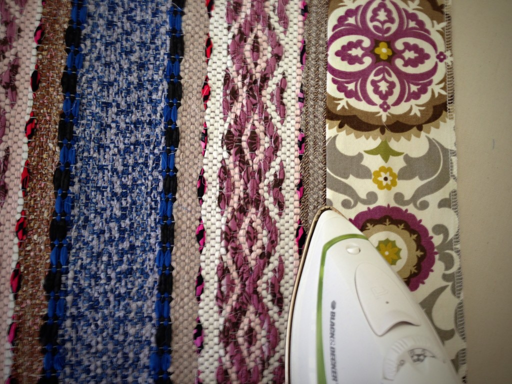 Steps for making bound hems on rag rugs.
