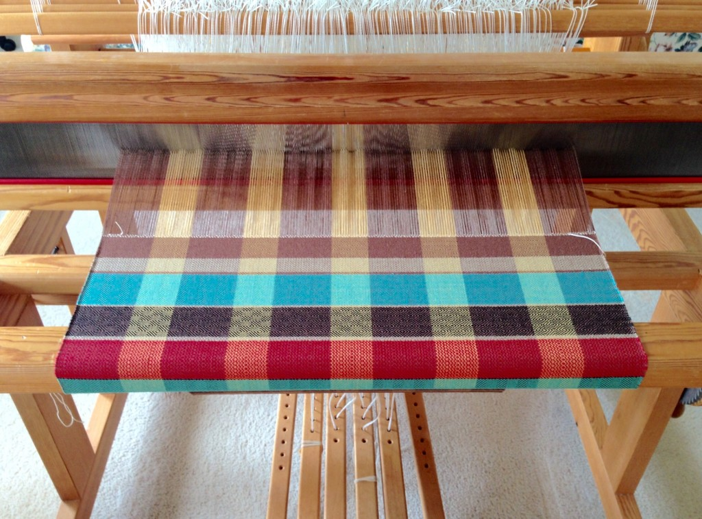 Just finished weaving 10 meter warp.