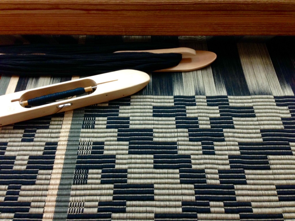 Rep rug on the loom at Vavstuga