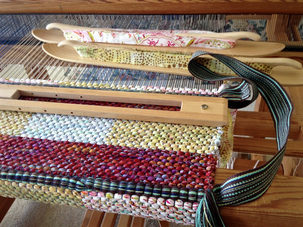 Double binding rag rug bag.