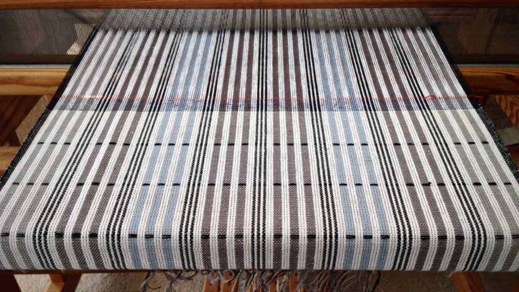 Plattväv towels on the loom. Karen Isenhower