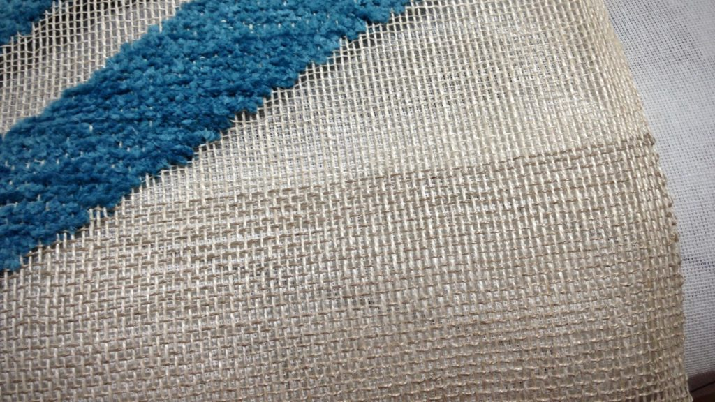 Linen weft change is a mistake. Oops!