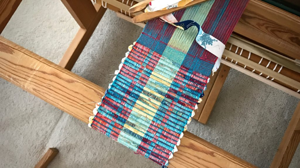 Making rep weave mug rugs.