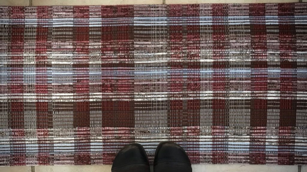 Spaced rep rag rug