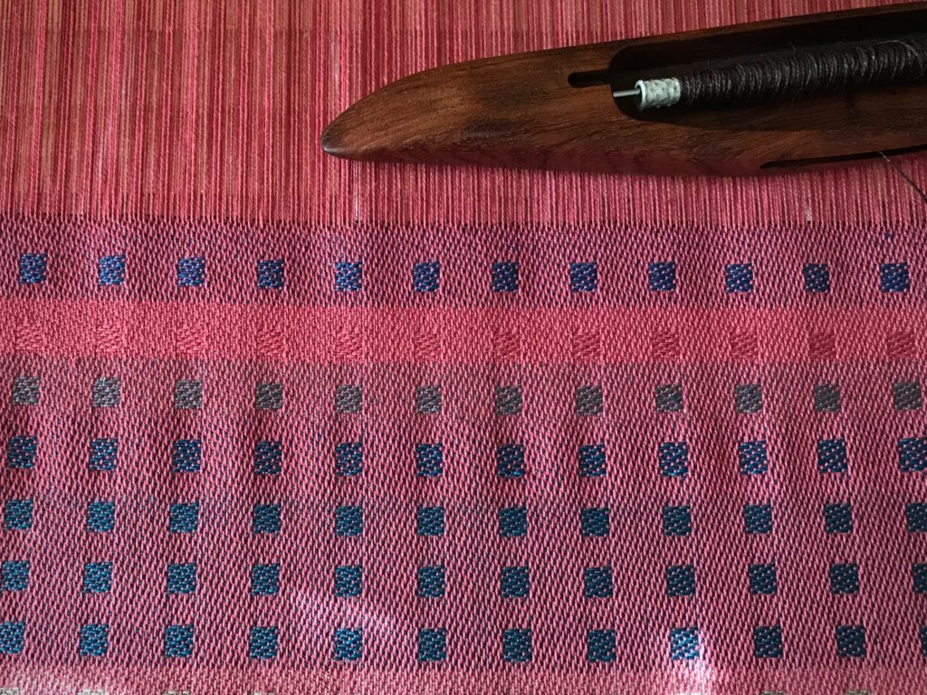 Trying different weft options. Cotton, cottolin, linen.