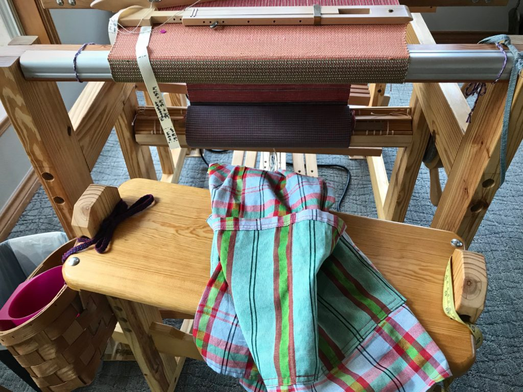 Weaving apron, and why it makes sense!
