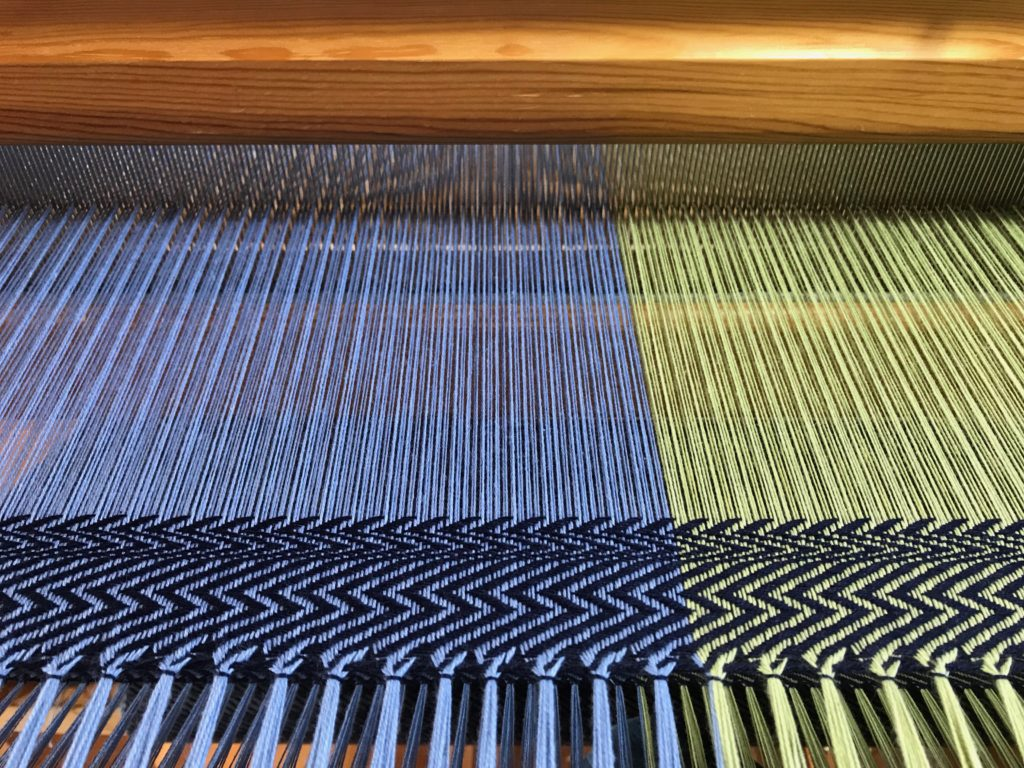 Playing with pattern. 8-shaft twill.