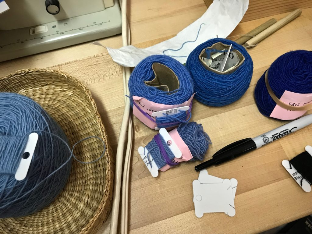 Preparing for some travel tapestry weaving.